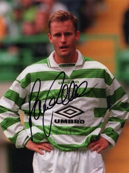 Harald Brattbakk, Glasgow Celtic & Norway, signed 8x6 inch photo.